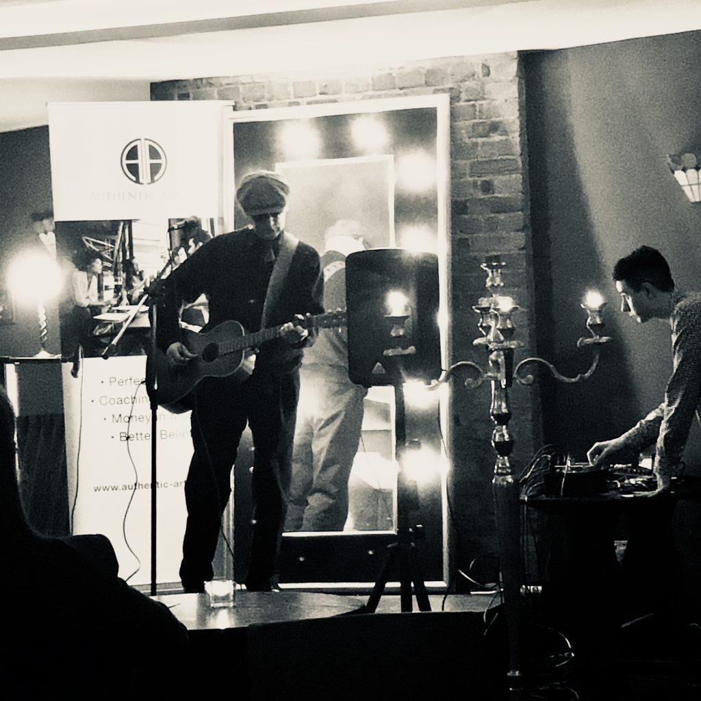 frank summers blues surrey showcase